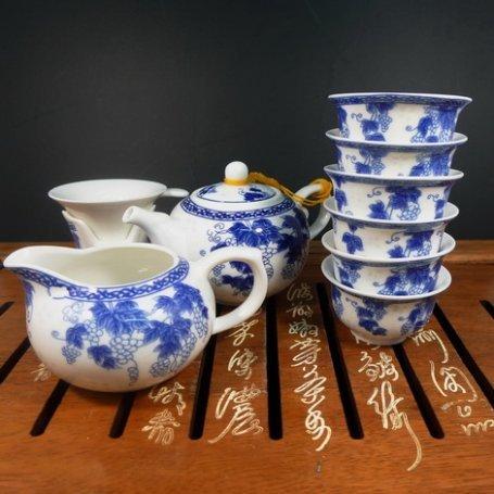 Набор для чайной церемонии из фарфора Виноград