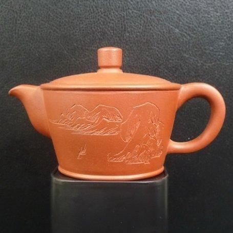Глиняный чайник Ролли