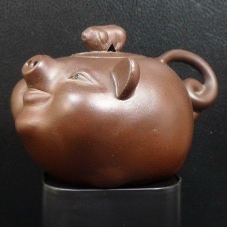Глиняный чайник Свинка
